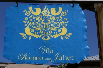 Vila Romoe and Juliet